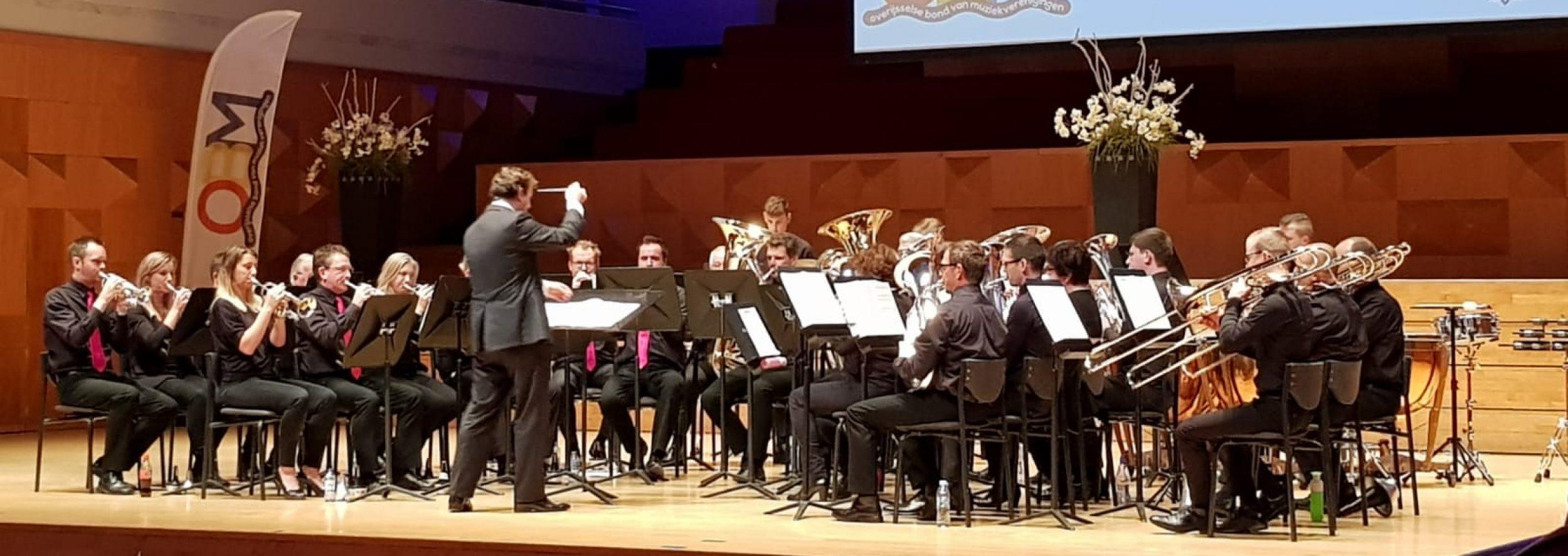 Brassband Harp en Luit Vuren